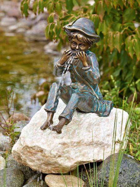 Bronzefigur Til auf Rosario Findling (Art.Nr. 88588.1)