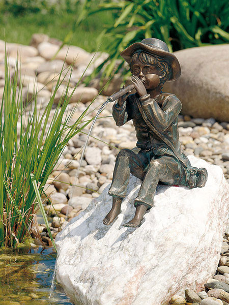 Bronzefigur Toni (Art.Nr. 88137)